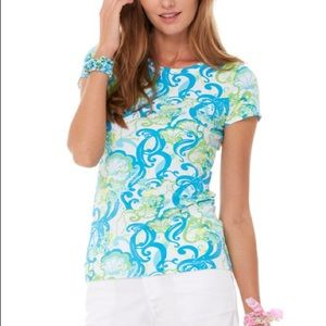 """Lilly Pulitzer Top. """"Crystal Coast"""" Size Small"""
